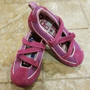 LL Bean pink suede Toddler Size 9 shoes